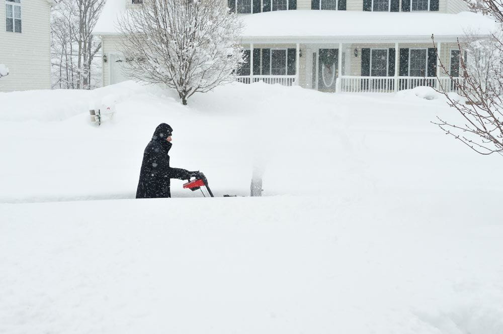heavy snowfall affects business continuity plans and causes absenteeism