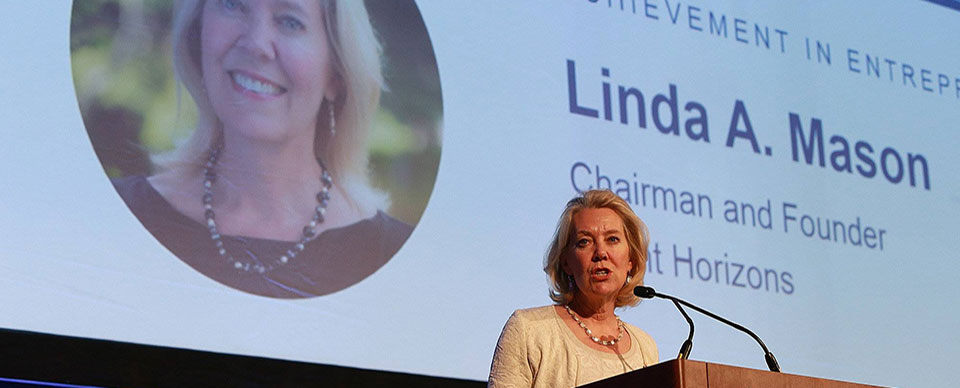 Linda Mason wins entreprenuership award